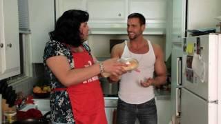 SHIT ITALIAN MOMS SAY - Part 1 (Daniel Franzese)