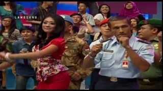 2 UNYU2 Live At Dahsyat (10-10-2013) Courtesy RCTI