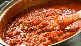 The GREATEST Spaghetti Meat Sauce EVER!!