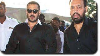 HANDSOME HUNK Salman Khan Spotted At Mumbai Airport
