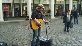 Amazing Singer At Covent Garden / LONDON - Rob Falsini :