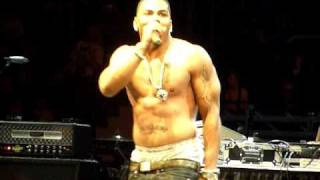 Nelly Just A Dream LIVE (shirtless) at B96 Jingle Bash
