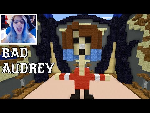 MINECRAFT MONDAY EP185 | BAD AUDREY! | 1vs1 BUILD BATTLE with GAMER CHAD