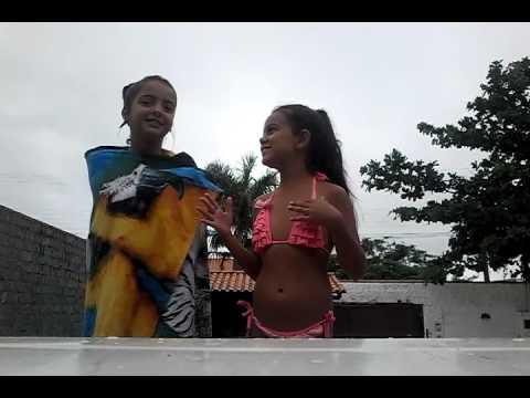 desafio na piscina Casa De praia