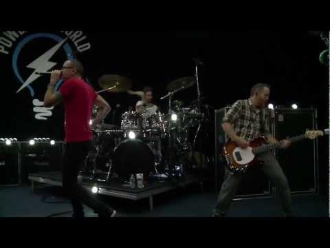 Linkin Park New Divide live at Rio Social 2012