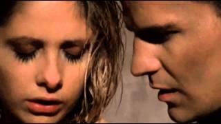 Buffy The Vampire Slayer S02E13 - Surprise (love scene)