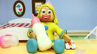 Yellow Baby in MEGA MILK BOTTLE - Play Doh Cartoons for Kids