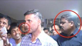 Akshay Kumar's Bodyguard Punches a Fan at Mumbai Airport