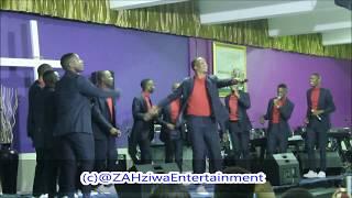 AbaThandwa Ehhe Moya Wami Uyavuma Live Performance At  EThekwini Church