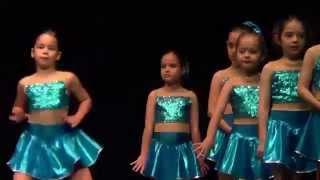 Naz AYDIN - Özel Emine Örnek İlkokulu - 2015 Modern Dans Gösterisi (7 yaş)