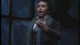 Jose Carreras canta: Che Gelida Manina 1982