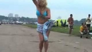 Russian blonde babe dancing - VERY HOT!!!