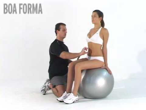 Postura de ginástica neural na bola