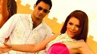 Aa Dil Se Dil Mila Le - Video Song | Naqaab | Akshaye Khanna, Urvashi Sharma | Pritam