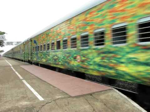 Duronto Express (Howrah-New Delhi) Blasting at 120kmph