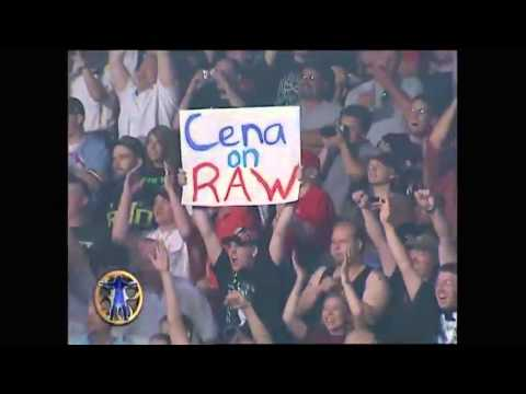 Top 10 Greatest WWE Crowd Reactions... Amazing
