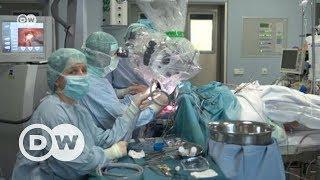 Ameliyatlarda asistan robotlar - DW Türkçe