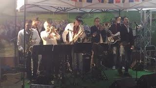 Rain, French and Jazz In Kiev, Ukraine. Fête de l