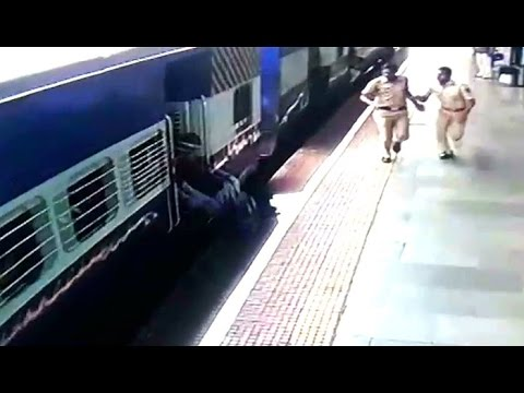 Lonavala train Accident Girls Came under Train : NewspointTv