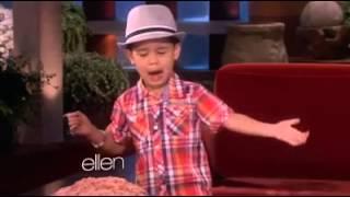 Little Filipino Kid Sings Bruno Mars Song (share)