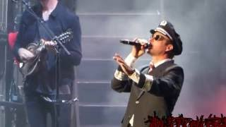 Dierks Bentley Live - Drunk on a Plane - Mansfield, MA, USA (June 11th, 2016) 1080HD