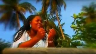 Clarisse MBINA - Femme sois soumise