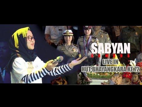 SABYAN GAMBUS Live Di HUT BHAYANGKARA KE -72, Bikin Adem Suaranya