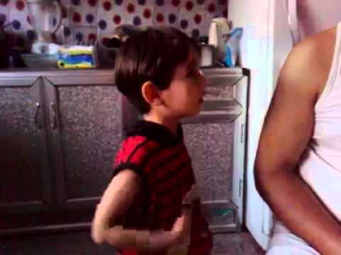 طفل عراقي يريد يتزوج رنا ويتوسل بابووووه