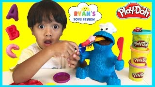 PLAY DOH COOKIE MONSTER LETTER LUNCH Cookie Monster EATS PEPPA PIG Disney Cars Learn ABC Alphabet