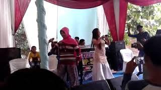 Goyang hot the power of emak emak KOCAK!!!