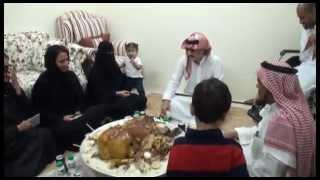 الامير الوليد بن طلال يقوم بتوزيع الشقق الممنوحة من مؤسسة الوليد بن طلال الخيريه في اليوم الوطني