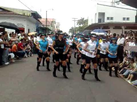 desfile de bellas chicas costarica