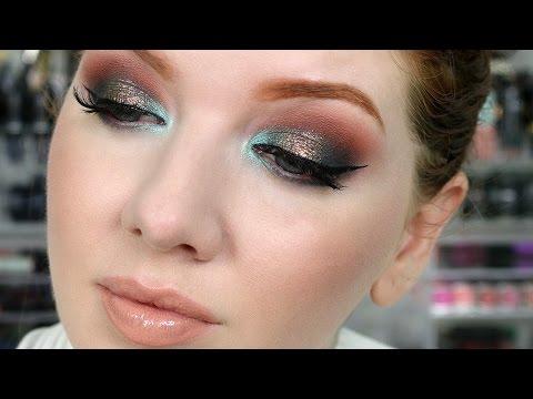 Glitter Eyeshadow Tutorial   Holiday Makeup