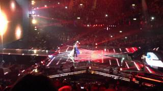 X Factor Live Final 2011 - Judges Introduction / Walk On