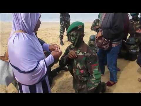 Tangis Bangga Sang Ibu,,Pembaretan Infanteri TNI