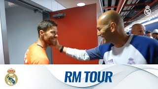Xabi Alonso came to say hello during our final session of our Tour