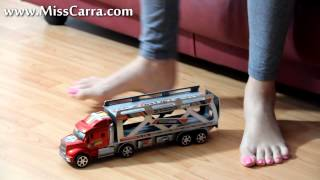 Miss Carra giantess barefoot crush toy truck (preview)