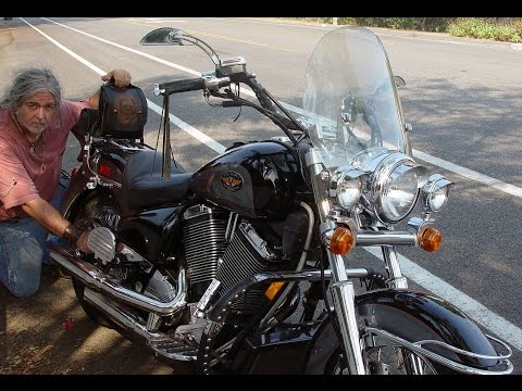 2000 Victory V92C motorcycle