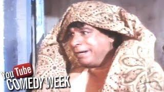Kader Khan in extreme poverty - Baap Numbri Beta Dus Numbri Scene - Comedy Week