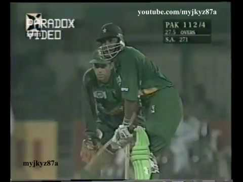 Pakistan 9 4 then INZAMAM & MOIN KHAN came to rescue 133 Runs Stand Vs South Africa at Lahore 97