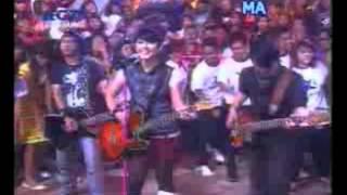 Utopia Band Indonesia-Hujan-VideoDj320x240-3gpp