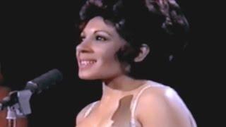 Shirley Bassey - It's Impossible (Somos Novios)  (1973 TV Special)