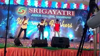 Jimpak chipak || blockbuster Allu Arjun sarinodu || lawaris|| Sri Gayatri college || Fresher's party