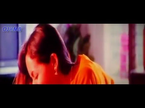 Actress Bhavana's hot dress change leak out video