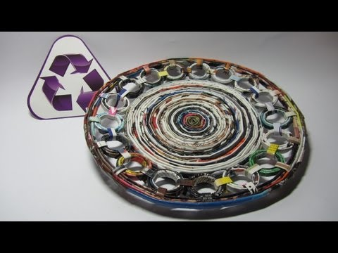Reciclaje Plato decorativo hecho con revistas. Recycling a dish made with magazines