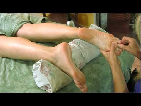 Foot Massage How To for Relaxation, Pain Relief, Massage Therapy   Psychetruth Athena