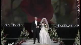 تربل اتش يفسد زواج ستيفاني مكمان