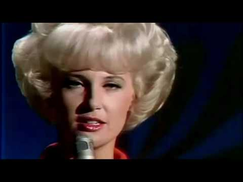 Tammy Wynette Stand By Your Man LIVE