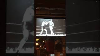 Conor McGregor VS Floyd Mayweather Live At A Sports Bar (Watch the fight on the tv from my table)