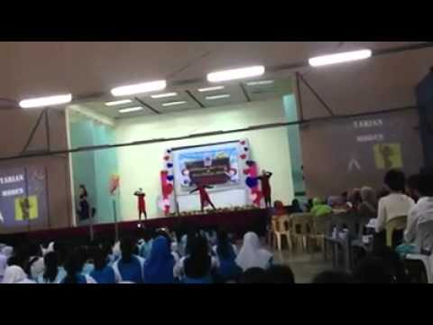 Convent indian girls dance